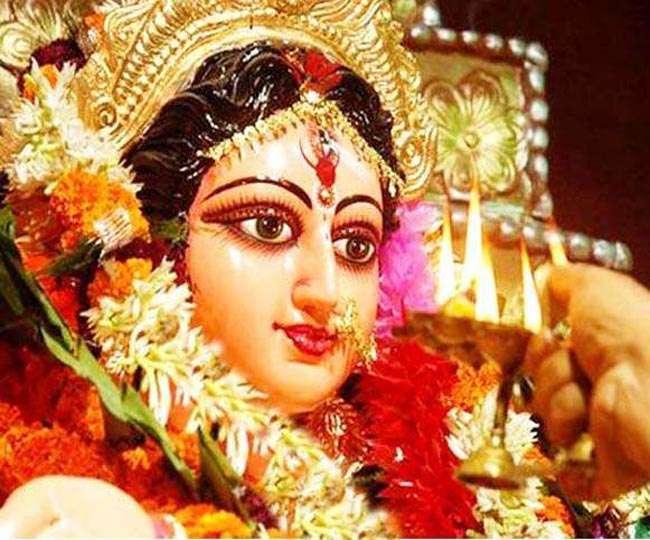 PM Narendra Modi and president ram nath kovind greets people on the occasion of Durga Ashtami