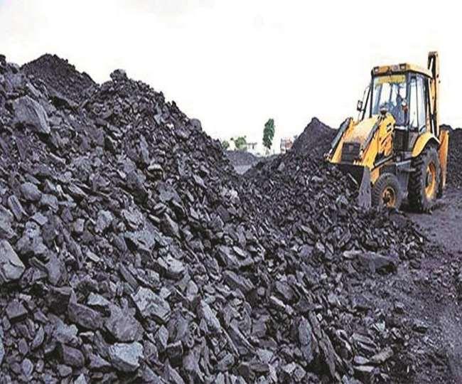 कोयले की कमी से जूझ रहा है देश