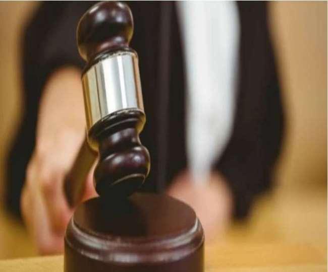 सशरीर हाजिर होने के निचली अदालत के निर्देश को रुजिरा बनर्जी ने दिल्ली हाई कोर्ट में दी चुनौती