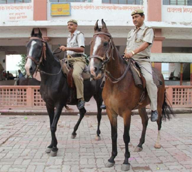 कानपुर सैलडरी कारोबारियों ने कमिश्नरेट पुलिस से हाथ मिलाया।