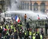 फ्रांस में साढ़े चार लाख से ज्यादा कर्मचारी उतरे सड़कों पर