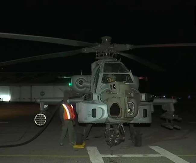 India China Tension: फॉरवर्ड एयरबेस पर गरजे वायुसेना के लड़ाकू विमान, चिनूक-अपाचे ने रात में भरी उड़ान - दैनिक जागरण (Dainik Jagran)