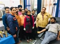 शिविर में 30 यूनिट रक्तदान