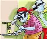 चोरों ने ताला तोड़कर घर में खाना पकाया, खाया, नींद ली और सुबह चले गए