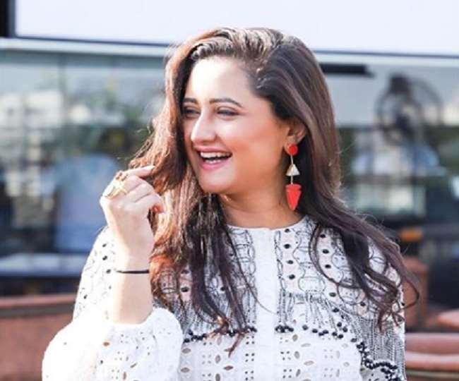 Bigg Boss Fame Rashami Desai will be seen in Naagin 4 report says