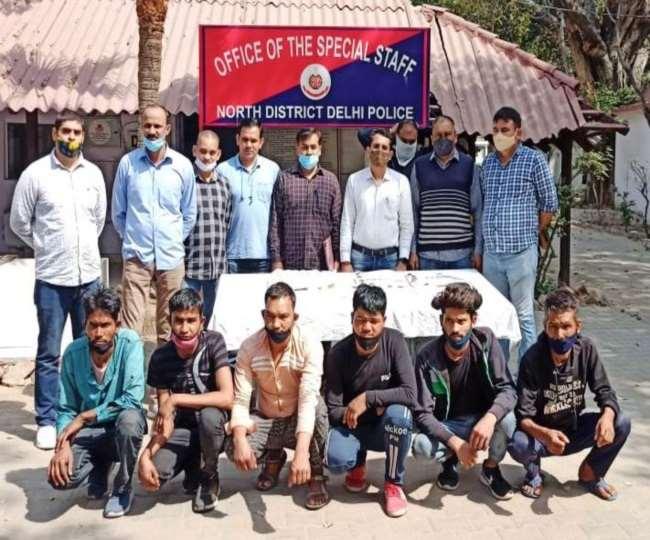 चौकीदार और कार सफाई का काम करने वाले रेकी कर करते थे वारदात, चोरी का सामान नेपाल में खपाते थे।