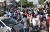 लॉकडाउन बढऩे और शहर में कर्फ्यू की अफवाह पर बाजारों की ओर दौड़े लोग