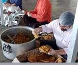 Varanasi में आज से सीधे गली-मुहल्ले में राशन-भोजन देने पर रोक, फूडसेल के जरिए होगी मदद