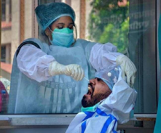 देश में कोरोना महामारी का कहर अब तेजी से कमजोर पड़ रहा है।