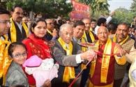 मंदिर के स्थापना दिवस पर श्रीजी की शोभायात्रा निकाली