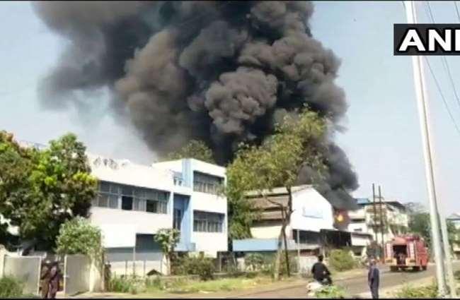 नवी मुंबई में तलोजा इलाके में एक कैमिकल फैक्टरी में आग