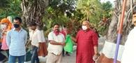 महापौर ने शहर में तीन जगह बनाया भोजन वितरण केंद्र