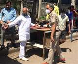 माता उमा रानी कांसल गौ सेवा ने जरूरतमंदों में बांटे एक हजार खाने के पैकेट Chandigarh News
