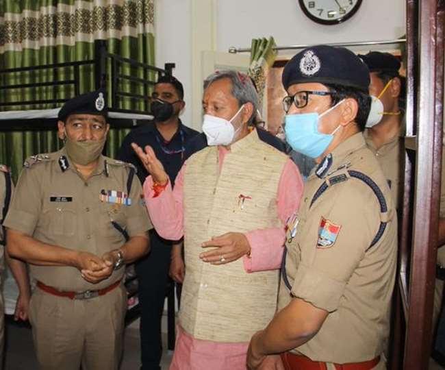 मुख्यमंत्री तीरथ सिंह रावत ने कहा हमारी सरकार कुंभ मेले को सुरक्षित संचालित करने के लिए दृढ़ संकल्पित।