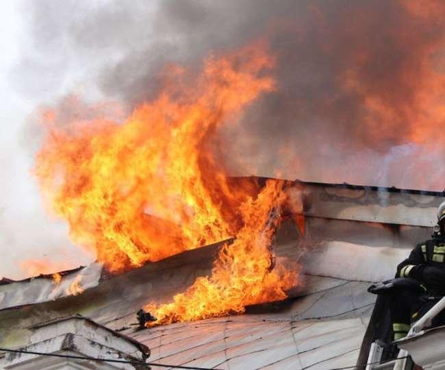 रूस के अस्पताल में लगी आग से तीन की मौत