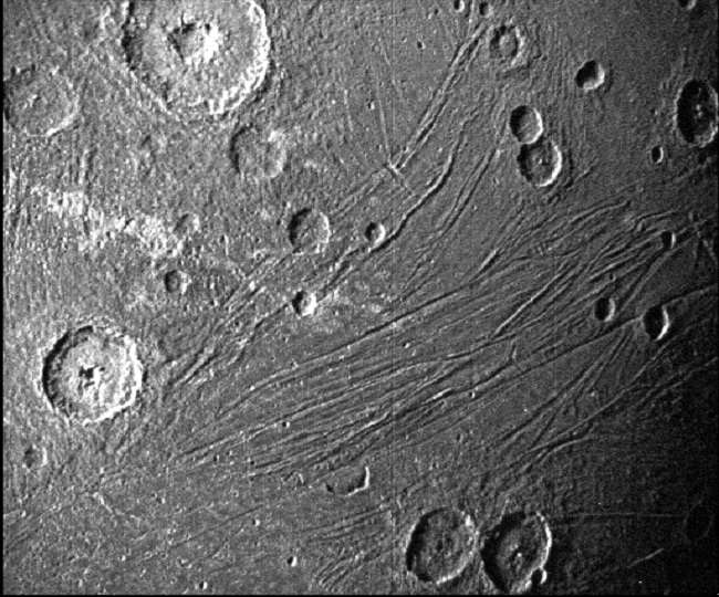 अंतरिक्षयान जूनो ने भेजी जुपिटर के सबसे बड़े मून की फोटो