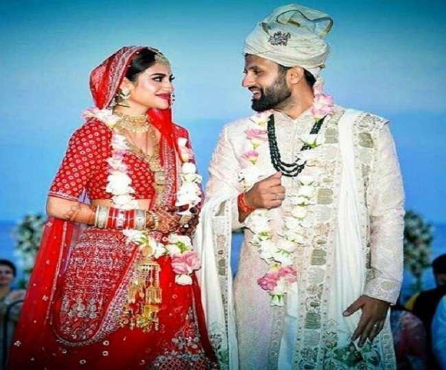 Nusrat Jahan and Nikhil Jain marriage photo. Photo- Jagran