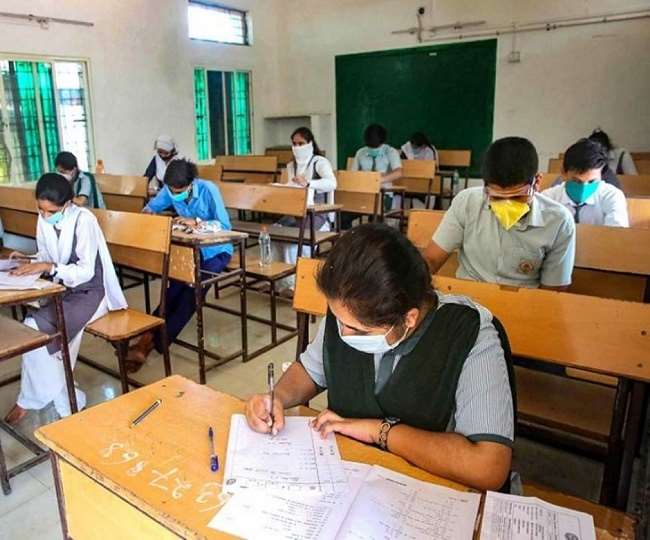 School reopening 2021: Delhi schools to reopen partially for Class 10th and 12th from today, weekly markets to open too