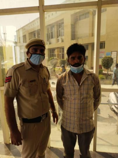 चोरी की एक्टिवा ले आपराधिक वारदात को अंजाम देने निकला, पुलिस ने पकड़ा