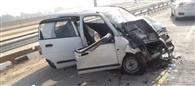 ट्रक व आल्टो कार की टक्कर में युवक की मौत, तीन महिला टीचर घायल