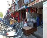 दिल्ली-यमुनोत्री हाईवे किनारे अस्थायी अतिक्रमण, लोग परेशान Dehradun News