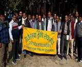 कृषि उप निदेशक पर बदसलूकी का आरोप, कृषि सेवा संघ ने दिया अल्टीमेटम Meerut News