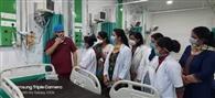 अबरोल अस्पताल में सरकारी कर्मचारियों की वेंटिलेटर चलाने की ट्रेनिग
