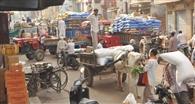 कोरोना से जंग: नहीं मान रहे लोग, बाजारों में भीड़ लगातार जारी
