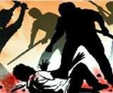 लखीमपुर में ग्रामीणों ने वन चौकी पर बोला धावा, फॉरेस्ट गार्ड को पीटा-तोड़फोड़