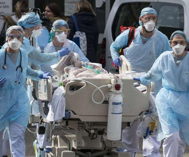 देश में कोरोना संक्रमण की दूसरी लहर की रफ्तार पर रोक नहीं लग पा रही है।