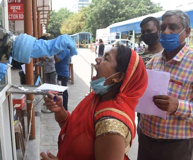 सूबे की राजधानी लखनऊ ने नए संक्रमितों के मामले में शीर्ष स्थान बरकरार रखा है।