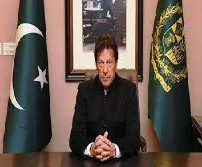 दुष्कर्म मामले में बयान देकर फंसे पाकिस्तान के PM, इमरान खान के खिलाफ विरोध-प्रदर्शन तेज