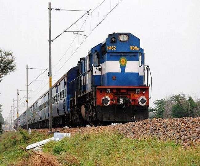 मुंबई राजधानी के फेरे बढ़े, कई ट्रेनें पटरी पर लौटेंगी