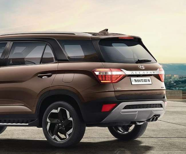 Hyundai Alcazar is all set to launch on 18th June Checkout the details of  this SUV