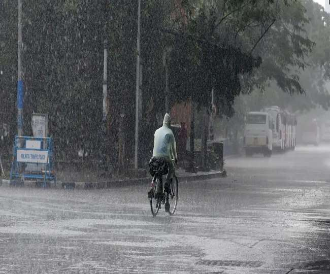 मानसून तेजी से आगे बढ़ रहा है, कई राज्यों में भारी बारिश की चेतावनी (फाइल फोटो)