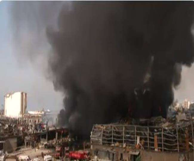 VIDEO: Horrific accident happened again in Beirut, black smoke in the harbor with terrible flames