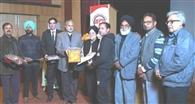 लुधियाना फिल्म महोत्सव में पठानकोट की हिदी लघु फिल्म 'आखिर अमीर कौन' के निर्देशक सौरभ जोशी सम्मानित