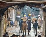 Delhi Anaj mandi Fire: भाजपा ने कहा आप कार्यकर्ता है फैक्ट्री मालिक, AAP ने बताया सांसद प्रतिनिधि