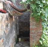 पीएम और सीएम के ड्रीम प्रोजेक्ट में भी फर्जीवाड़ा, बिना शौचालय बनाए ले ली राशि Moradabad News