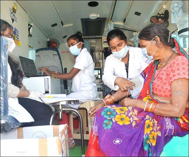 स्लम स्वास्थ्य योजना ने अब तक लगभग 05 लाख मरीजों का इलाज किया