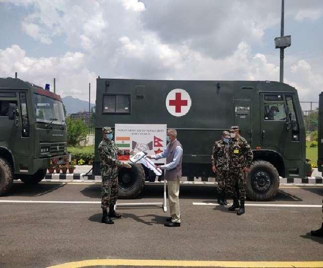 चल रही महामारी के बीच भारत ने नेपाल को भेजी वेंटिलेटर और एम्बुलेंस सहित चिकित्सा सहायता