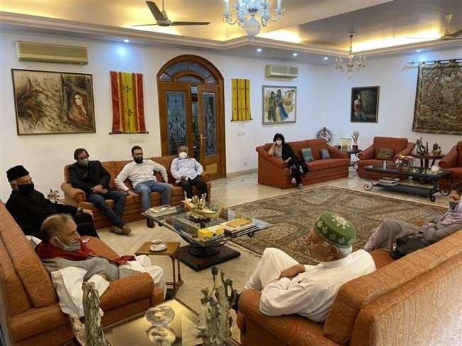 नेशनल कांफ्रेंस के अध्यक्ष डा. फारूक अब्दुल्ला ने अपनी पार्टी के सभी वरिष्ठ नेताओं के साथ एक वीडियो कांफ्रेंस की।