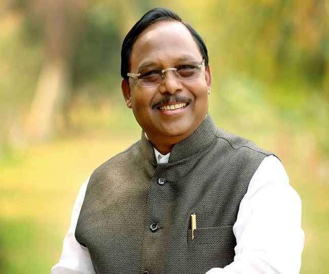 भाजपा नेता रामविचार नेताम के साथ क्रेडिट कार्ड धोखाधड़ी।