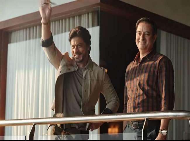 शाहरुख खान का यह वीडियो काफी वायरल हो रहा हैl