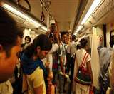 Delhi Metro: 30 लाख यात्रियों का सफर होगा और आसान, मेट्रो में 6 के बजाय होंगे 8 कोच