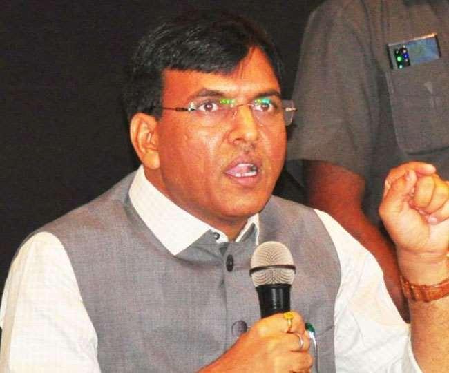 दिल्ली: 1.8 करोड़ के बिल की जांच की मांग करते मनीष तिवारी को मिला मांडविया का जवाब, अस्पताल जवाब तलब