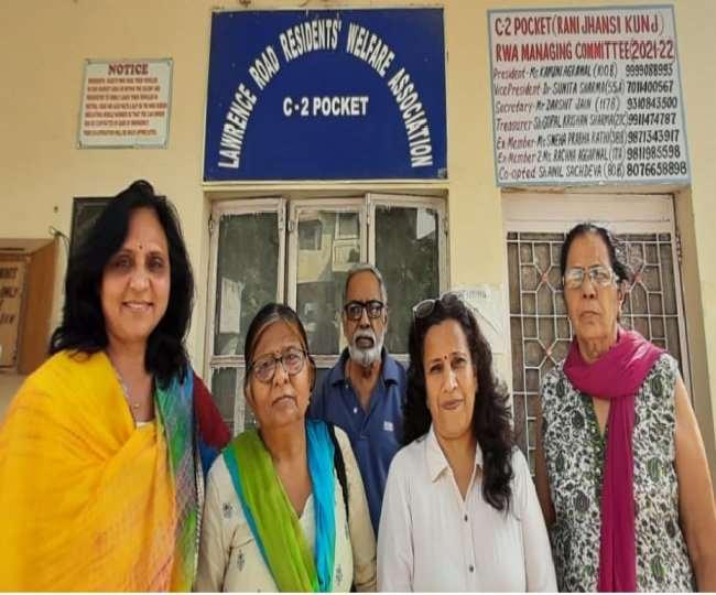 स्नेह प्रभा राठी-कार्यकारिणी सदस्य व अनिल सचदेवा मनोनीत सदस्य बाएं से दाएं । फोटो स्वयं