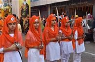 गुरु नानक देव जी के 550वें प्रकाशोत्सव पर निकली शोभायात्रा