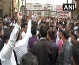 Delhi Police vs Lawyers Protest: गिरफ्तारी पर बिगड़ी बात, बेनतीजा रही वकीलों और पुलिस की बैठक