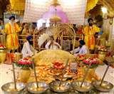 Guru Nanak Jayanti 2019 Celebration: आज है गुरु नानक देव जी की 550वीं जयंती, ऐसे बनाएं गुरु पर्व को खास